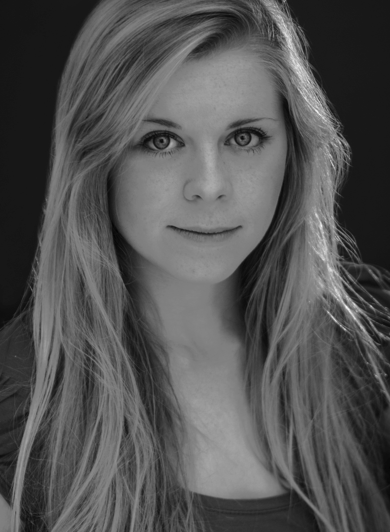 Chloe Edwards-Wood Alumni KSA Academy of Performing Arts London Drama School